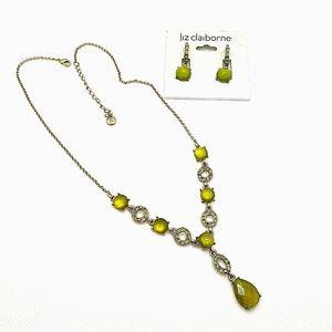 Liz Claiborne Necklace & Matching Earrings Set NWT